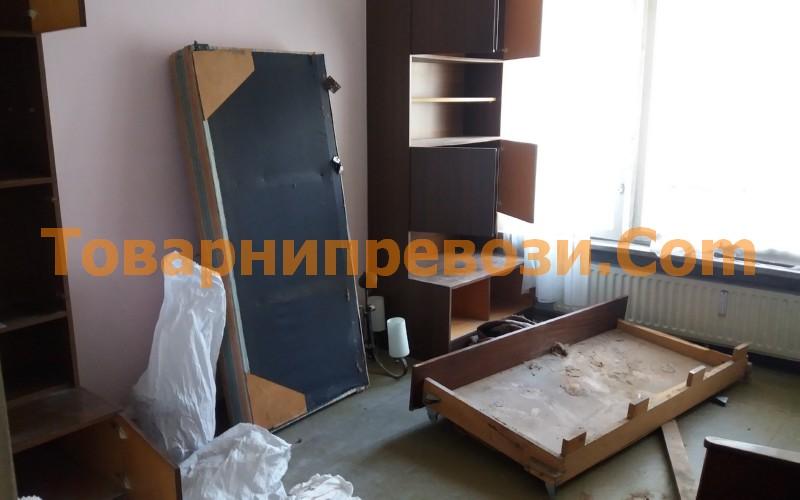 Демонтаж на мебели и извозване